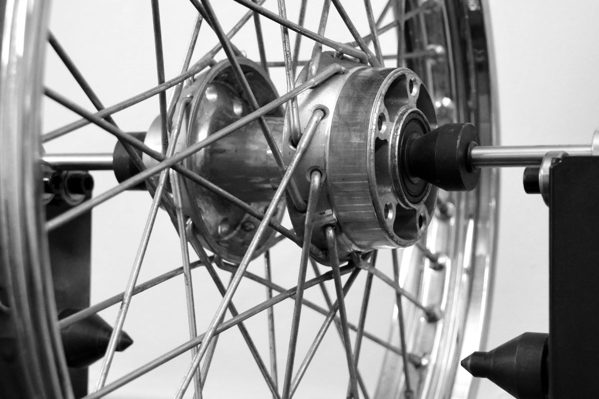 motorcycle-wheel-building-vizmoto-kent